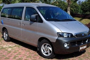 山西租车旅游:风行商务车