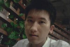 真诚帅气导游刘阳