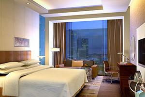 长沙皇冠假日酒店—位于长沙步行街附近五星酒店