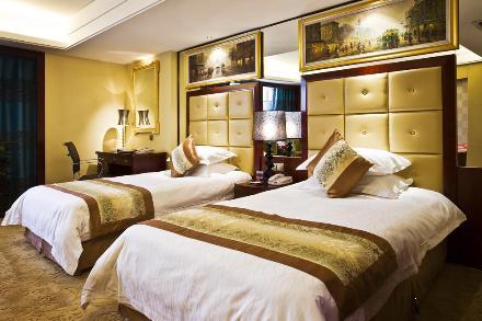 新巴黎大酒店