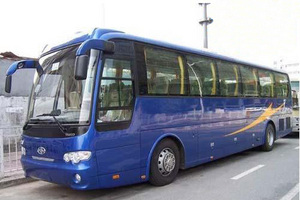 开封旅游包车:金龙33座旅游客车开封一日游
