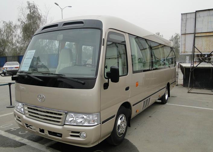 成都到资阳市区包车 成都到资阳会议旅游用车高清图片