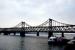 沈阳到丹东鸭绿江、断桥、河口、五龙背温泉二日游_五一旅游