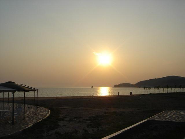 沈阳到绥中海边两日游_辽宁海边哪个好_绥中二河口海滨怎么样