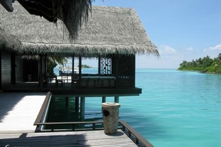 马尔代夫-莉莉岛6天自由行 2晚沙滩屋+2晚水上屋