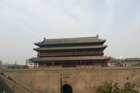 春节洛阳到西安(东线+市内)兵马俑、华清宫、大雁塔纯玩三日游