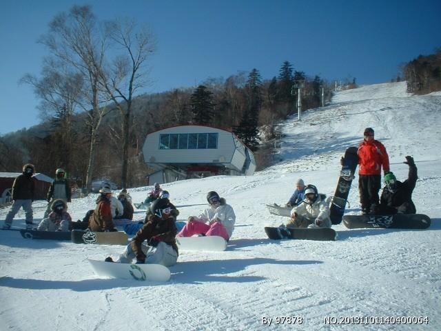 亚布力滑雪场(新体委雪场)
