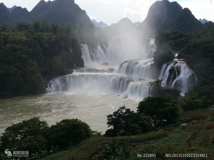 广西桂林旅游 南宁德天瀑布一日游 广西越南跨国大瀑布一日游