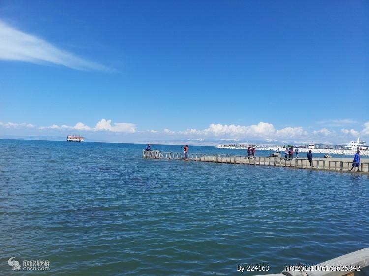 青海湖二郎剑、原子城、金银滩、金沙湾、日月山豪华一日游