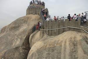 新疆乌鲁木齐出发到北京、福建厦门、鼓浪屿、武夷山三飞十日游