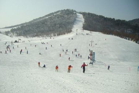 高峡平湖_船进神农架滑雪2日游_宜昌乘船进神农架滑雪