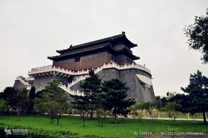 乌鲁木齐出发到北京一地双飞纯玩五日游