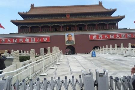 北京八达岭长城十三陵定陵鸟巢水立方外景一日游《纯玩团》