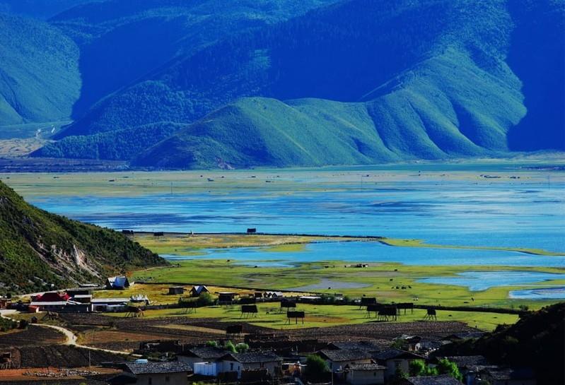 郑州到云南旅游必去景点之香格里拉梅里雪山