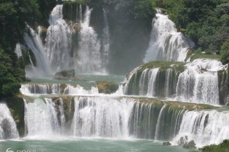 广西全景、北海、巴马、德天瀑布、通灵峡谷、桂林漓江阳朔9天游