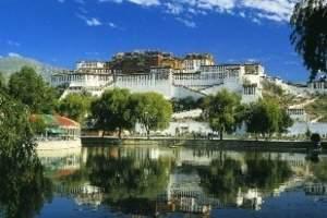 漫游西藏环线:拉萨、林芝、八一镇、山南羊湖四日三晚纯玩团