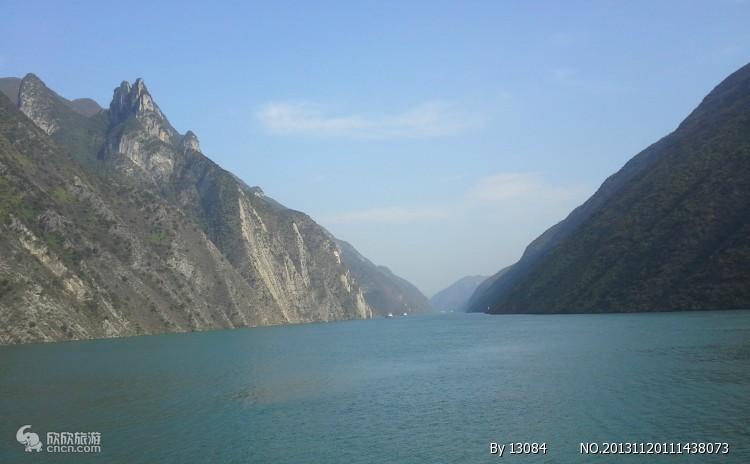 三峡旅游景点 三峡旅游船 长江三峡最经典线路单程二日游