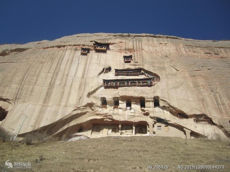 张掖平山湖大峡谷、七彩丹霞、马蹄寺、大佛寺二日游