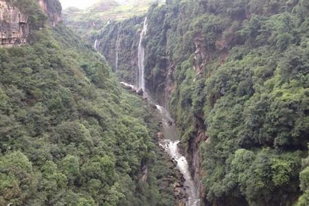 宜昌到贵州黄果树、马岭河、天龙屯堡双卧六日游