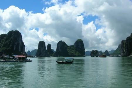 北海去越南下龙、海防、河内四日游行程 报价