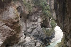 呼和浩特到河北野三坡、百里峡、鱼骨洞、东湖港双汽3日经典游