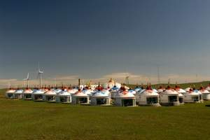 端午:呼和浩特周边内蒙古乌兰察布辉腾锡勒草原、黄花沟一日游