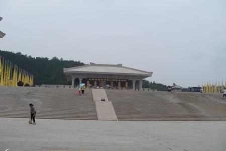 西安国庆旅游线路_延安黄帝陵轩辕庙、壶口瀑布、枣园二日游