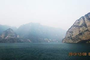 三峡大坝,两坝一峡豪华游船观光一日游  宜昌精品一日游