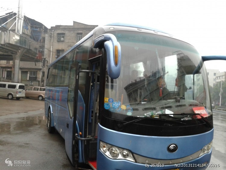 大连租车旅游_55座空调旅游大巴车预定700元/天