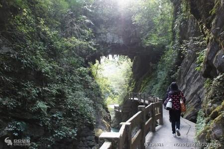 怀化到重庆武隆旅游─天坑·地缝周末汽车两日游