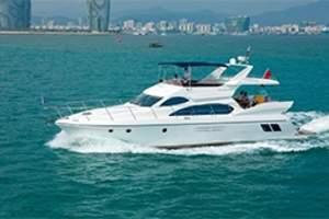 三亚豪华游艇租赁_泰格N560游艇租赁_三亚游艇