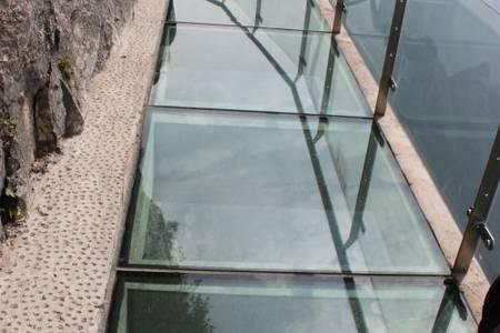 深圳去张家界大峡谷玻璃桥、天门山玻璃栈道、凤凰古城高铁四天游