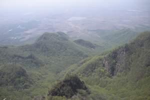 哈尔滨到吉林拉法山国家森林公园红叶谷 烈士山黑鱼泡垂钓两日游
