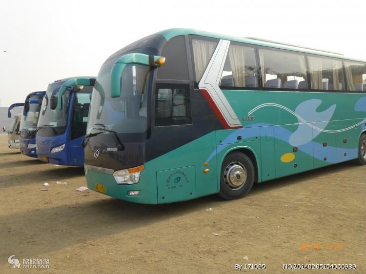 西安旅游55座旅游大巴包车报价 西安华山旅游包车