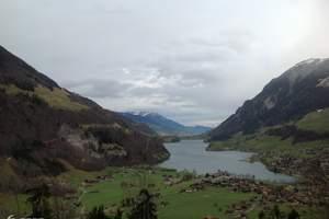 【漫步云端-瑞士8日】独家安排体验瑞士滑雪体验,冬天瑞士旅游