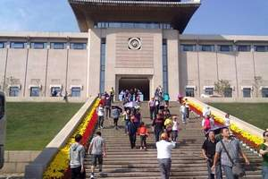 乌鲁木齐出发到华东五市上海迪士尼厦门鼓浪屿体验夏令营13日游