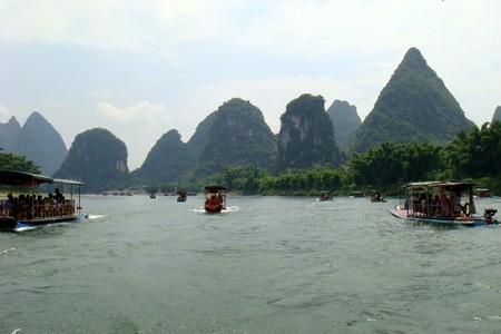 青岛去桂林象鼻山,船游漓江,阳朔银子岩,遇龙河漂流双飞5天
