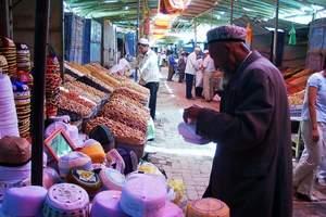 喀什2日游【帕米尔高原喀拉库勒湖+喀什市内民俗风情】