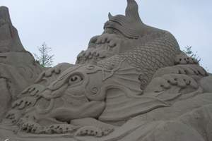 北戴河旅行社推出的黄金海岸沙雕海洋公园+圣蓝海洋公园二日游