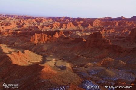 平山湖大峽谷、七彩丹霞國家地質公園1日游