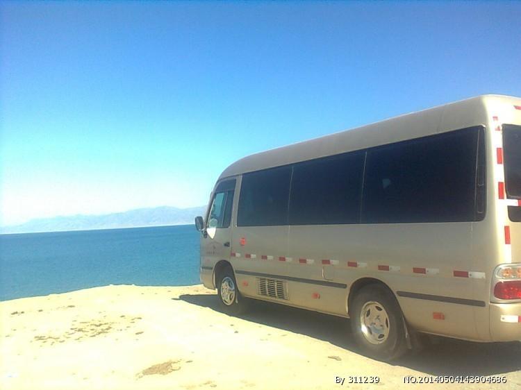 新疆乌鲁木齐22座考斯特新疆乌鲁木齐旅游包车