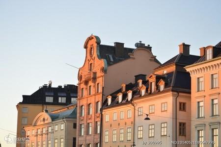 济南新航线直飞赫尔辛基-北欧四国+双峡湾+冰岛13天一晚游轮