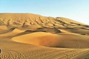 银川到巴丹吉林沙漠、额济纳旗胡杨林、黑水城摄影汽车六日游