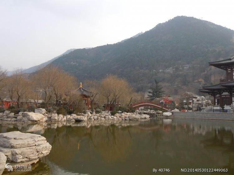 之后参观骊山风景区(包含骊山单程索道及兵谏亭),(游览时间约80分).