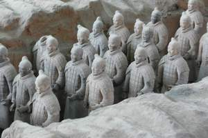 桂林到西安兵马俑、华清宫、华山、延安、壶口瀑布双飞六日游