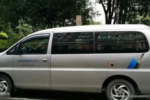 桂林包车旅游:7-11座商务车(瑞风或风行商务车)