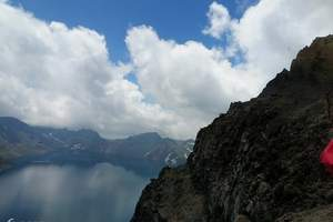 青岛去长白山旅游攻略|长白山天池、镜泊湖、魔界双飞豪华5日游
