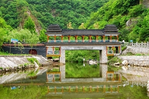 淄博去太行旅游_淄博去通天峡大峡谷、太行屋脊纯玩二日游