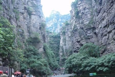 泰安到河南林州太行大峡谷、王相岩、桃花谷大巴二日游每周六发团