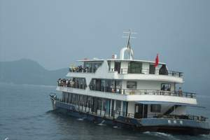 涉外游船:住船上深度游长江三峡瞿塘峡,巫峡,西陵峡全景3日游